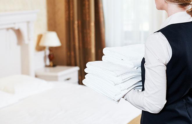 ホテルで働く人の制服選びの特長とは